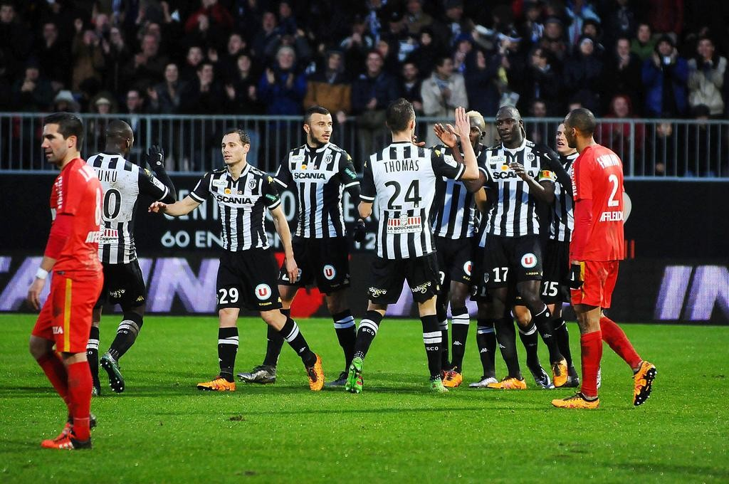 angers-a-touche-la-perfection-contre-monaco-iconsport_leb_300116_05_14,132071